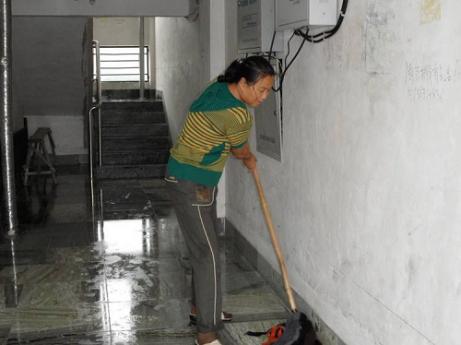 房屋出租卫生管理室内打扫