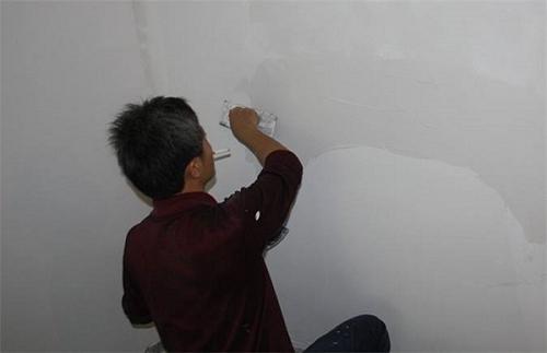 出租屋墙面翻新批灰